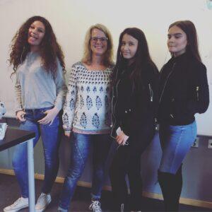 Bildbevis från författarbesök och workshop med klass 7:3 på Kunskapsskolan i Landskrona. Tack för igår, tjejer!